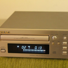 Cd player TEAC PD-H300