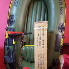 Barca Pescuit - Barca pneumatica Fish Hunter 250 si motor 12V 2CP