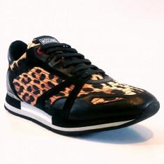 Sneakers MOSCHINO model 56101 marimea 43 - Ghete barbati Moschino, Culoare: Din imagine