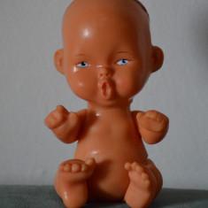 Jucarie de cauciuc bebe, bebelus, 13cm, vintage, Aradeanca cu stanta pe spate - Jucarie de colectie