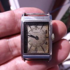 Ceas de mana barbatesc, marca Longines, personalizat.Datat 1939.Functioneaza.