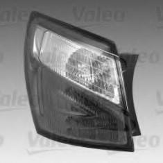 Lampa spate NISSAN DUALIS 1.6 - VALEO 044396