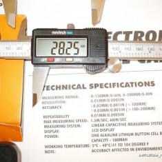 Subler electronic 15cm