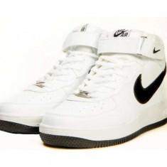 Ghete Nike Barbati Air Force Alb-negru. Model toamna-iarna 2106 - Ghete barbati Nike, Marime: 40, 41, 42, 43, 44, Culoare: Din imagine