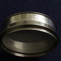 Site laborator cu ochiuri de 4mm si 2 mm