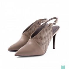 Pantofi piele perforata dama DIESEL D-YVINAS marime 39, noi *ORIGINALI* - Pantof dama Diesel, Culoare: Bej, Piele naturala