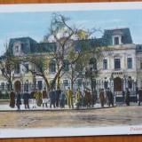 Bucuresti ; palatul Regal, animatie, color, inceput de secol 20 - Carte Postala Muntenia 1904-1918, Necirculata, Printata