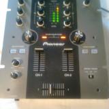 Vand mixer Pioneer DJM 250-Behringer,Reloop,Numark,CDJ