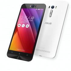 Smartphone Asus Zenfone 2 Selfie Dual SIM 32GB LTE 4G Pure White - Telefon Asus