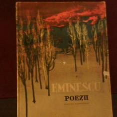 Eminescu Poezii, ilustratii de Perahim, prefata de Mihail Sadoveanu - Carte poezie