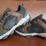 Adidasi Legero, Gore-Tex, marimea 44, talpic 28, 5 cm - Noi - Incaltaminte outdoor, Barbati