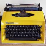 masina de scris mecanica Contessa