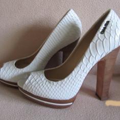 Pantofi dama - Pantof dama Calvin Klein, Marime: 37, Culoare: Alb