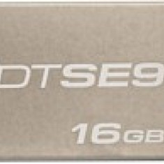 Stick USB 2.0 Kingston DataTraveler SE9 16GB Champagne
